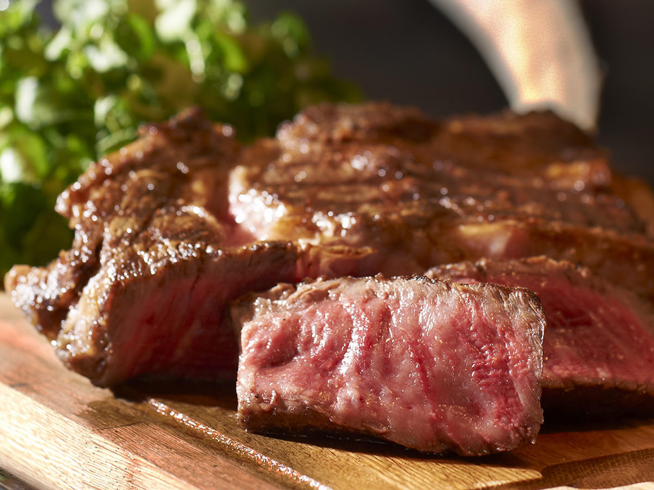 An iconic steakhouse featuring the finest ingredients and top-quality meats that are dynamically presented.