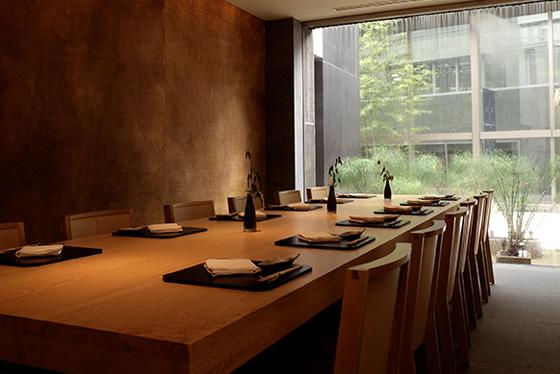 Party   Restaurants at a luxurious Roppongi hotel, Grand Hyatt Tokyo
