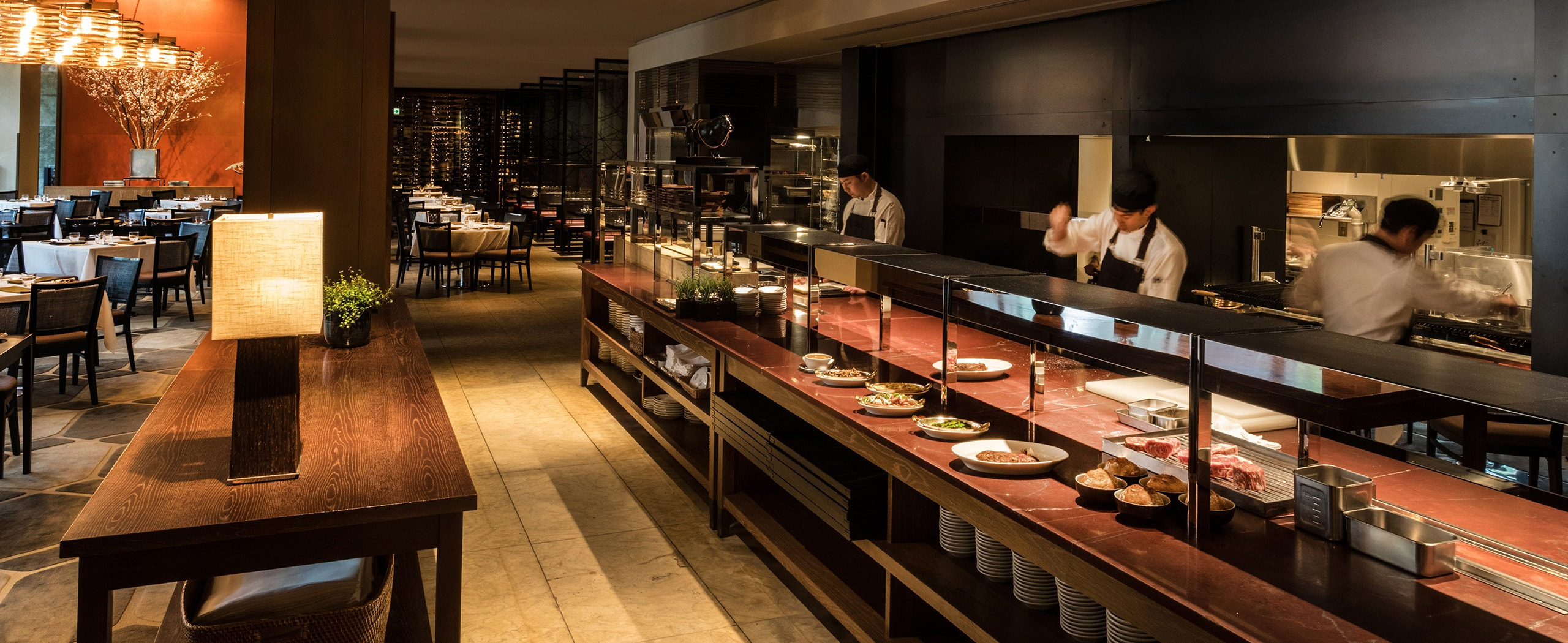 The Oak Door Steakhouse Restaurants At A Luxurious Roppongi Hotel Grand Hyatt Tokyo
