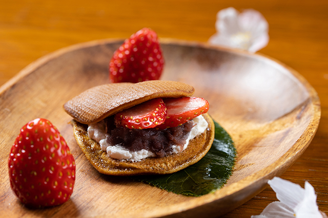 Sakura Afternoon tea Dorayaki The French Kitchen Grand Hyatt Tokyo