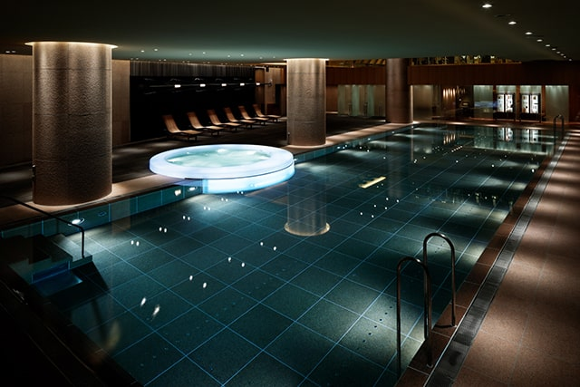 pool Nagomi spa and Fitness