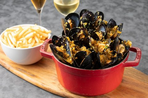 The French Kitchen Moules-frites 2 eyecatch