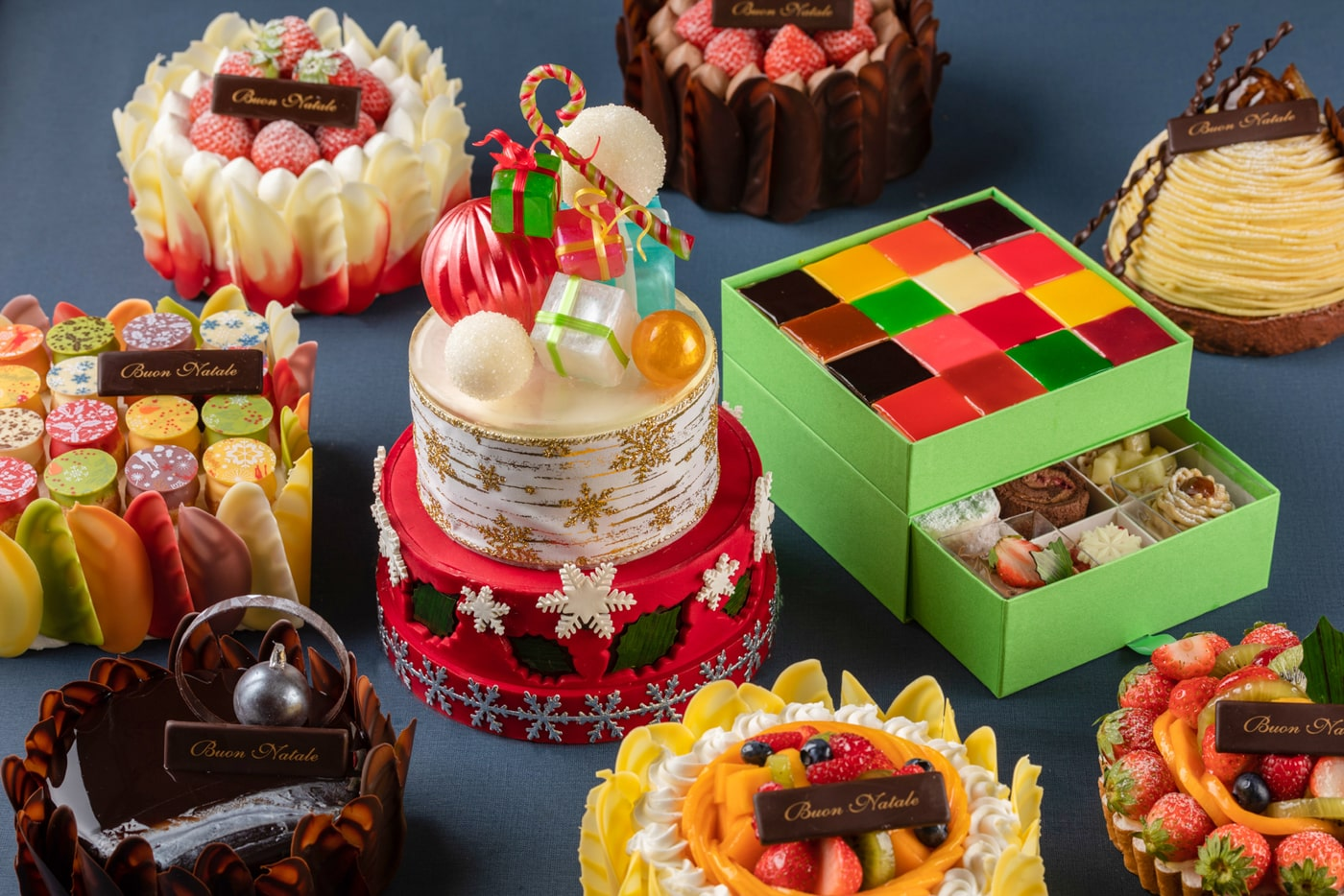 Christmas Cakes 2020 image2 Fiorentina Pastry Boutique Grand Hyatt Tokyo