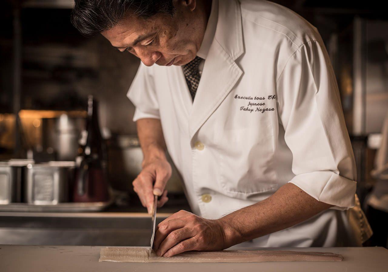 四季折々の新鮮素材を選りすぐった真の日本の味覚をご堪能いただける日本料理