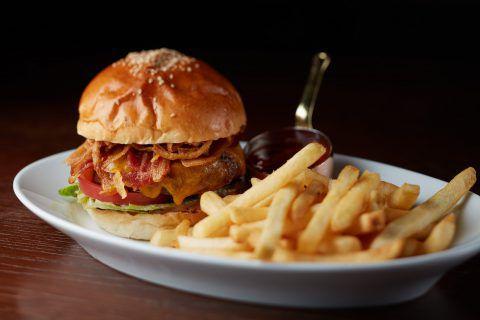 ステーキハウス・グリル、肉料理「オーク ドア」 | 六本木の高級ホテル・レストラン