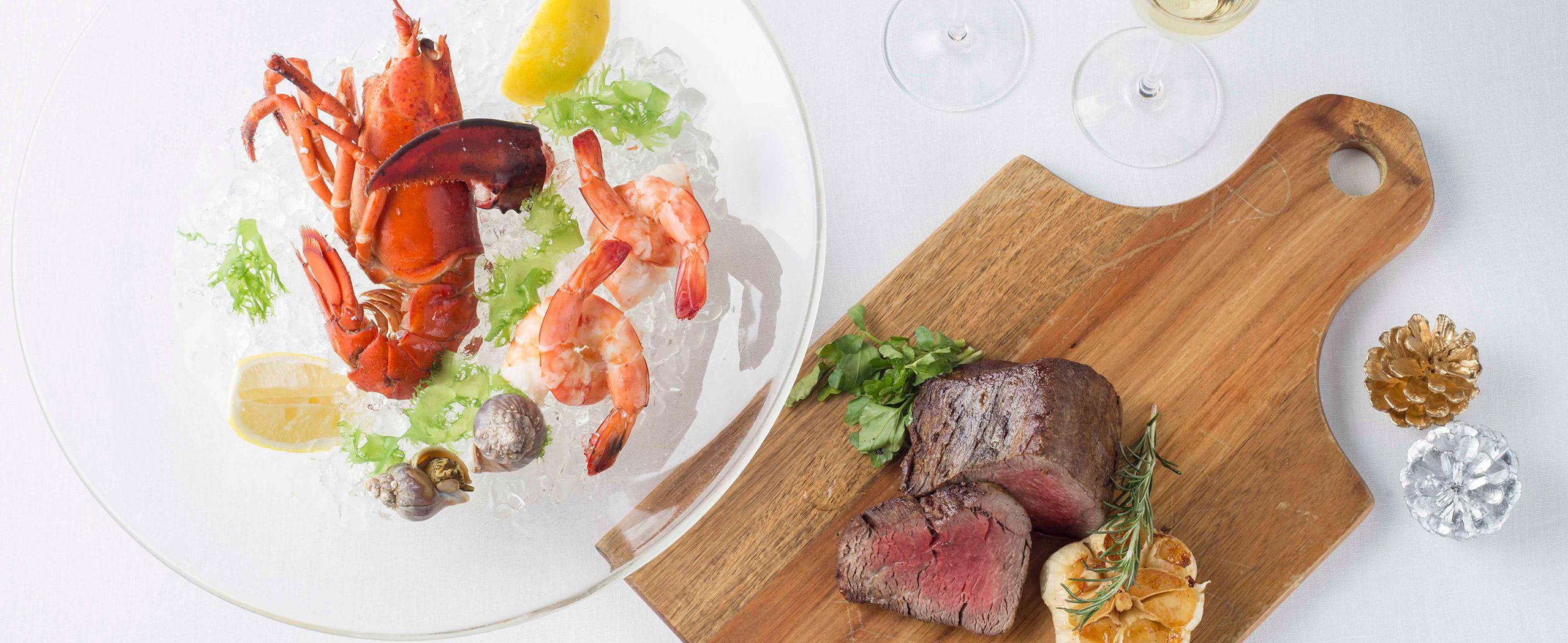 ステーキハウス・グリル、肉料理 「オーク ドア」